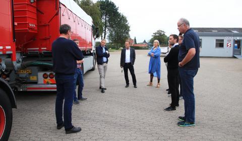 Køretøjsopbyggerne under Dansk Bilbrancheråd mødes med Færdselsstyrelsen